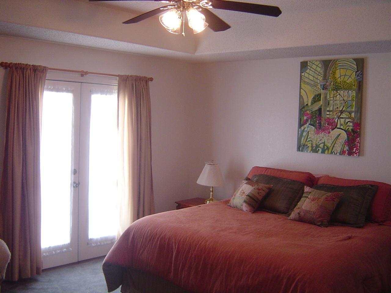 Unit B Master Bedroom - King.JPG